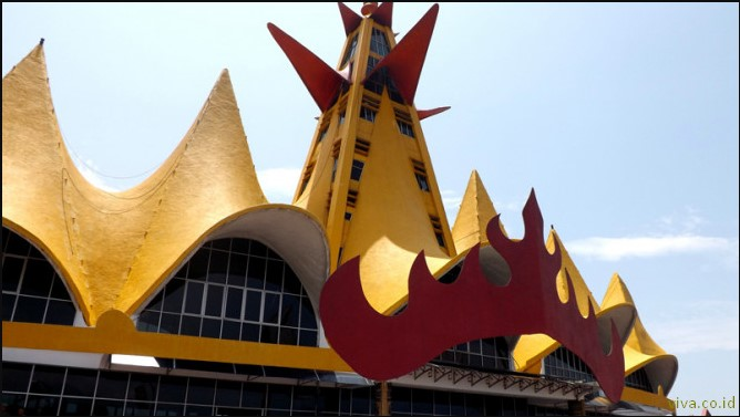 Tempat Wisata di Bandar Lampung menara siger