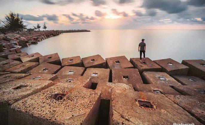Tempat Wisata di Bengkulu pantai tapak paderi