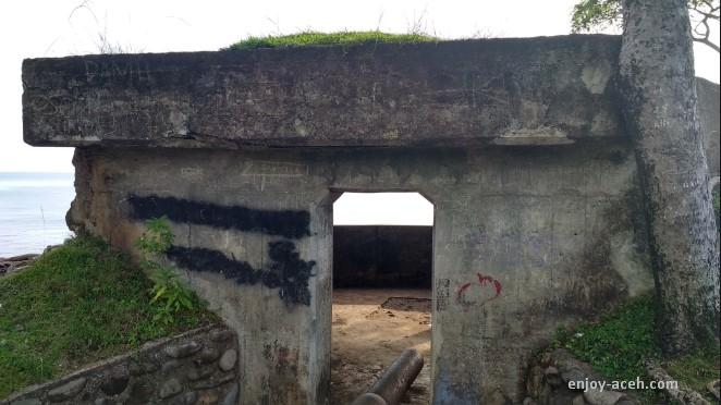 wisata di sabang aceh benteng jepang anoi itam