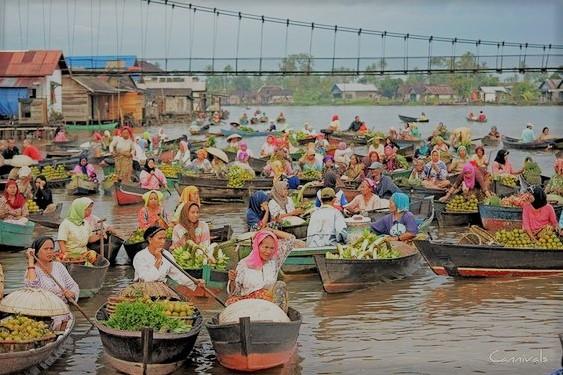 Pasar Terapung Tempat Wisata di Banjarmasin