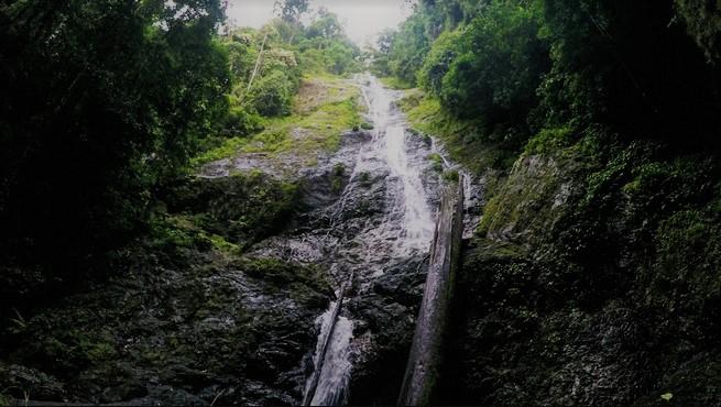 Tempat Wisata Banjarmasin air terjun Bajuin