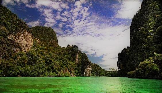 Wisata Danau Paniai Papua