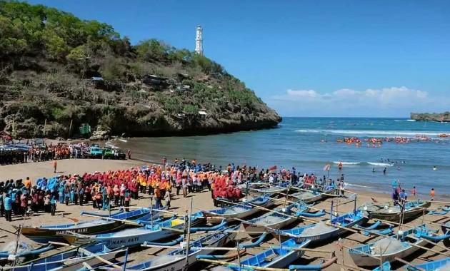 Tempat Wisata Jogja 7 Pantai Eksotis Ini Harus Kamu Datangi Lazuva