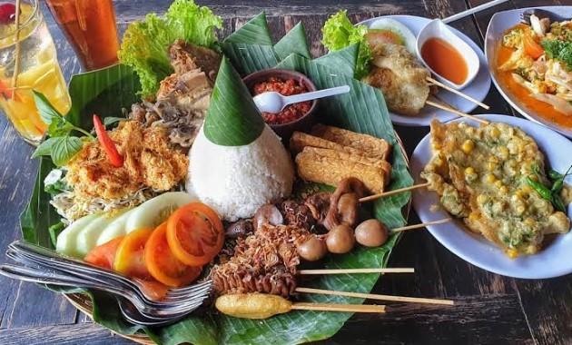 11 Tempat Makan Hits Di Jogja Murah Selain Gudeg Wisata