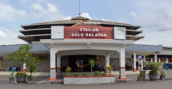 wisata solo dekat stasiun balapan