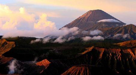 kisah misteri gunung semeru lumajang